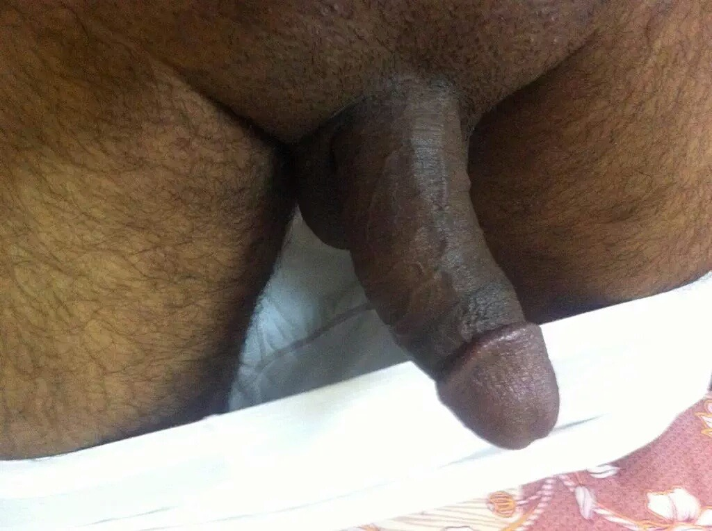 Get naked Arab older dick