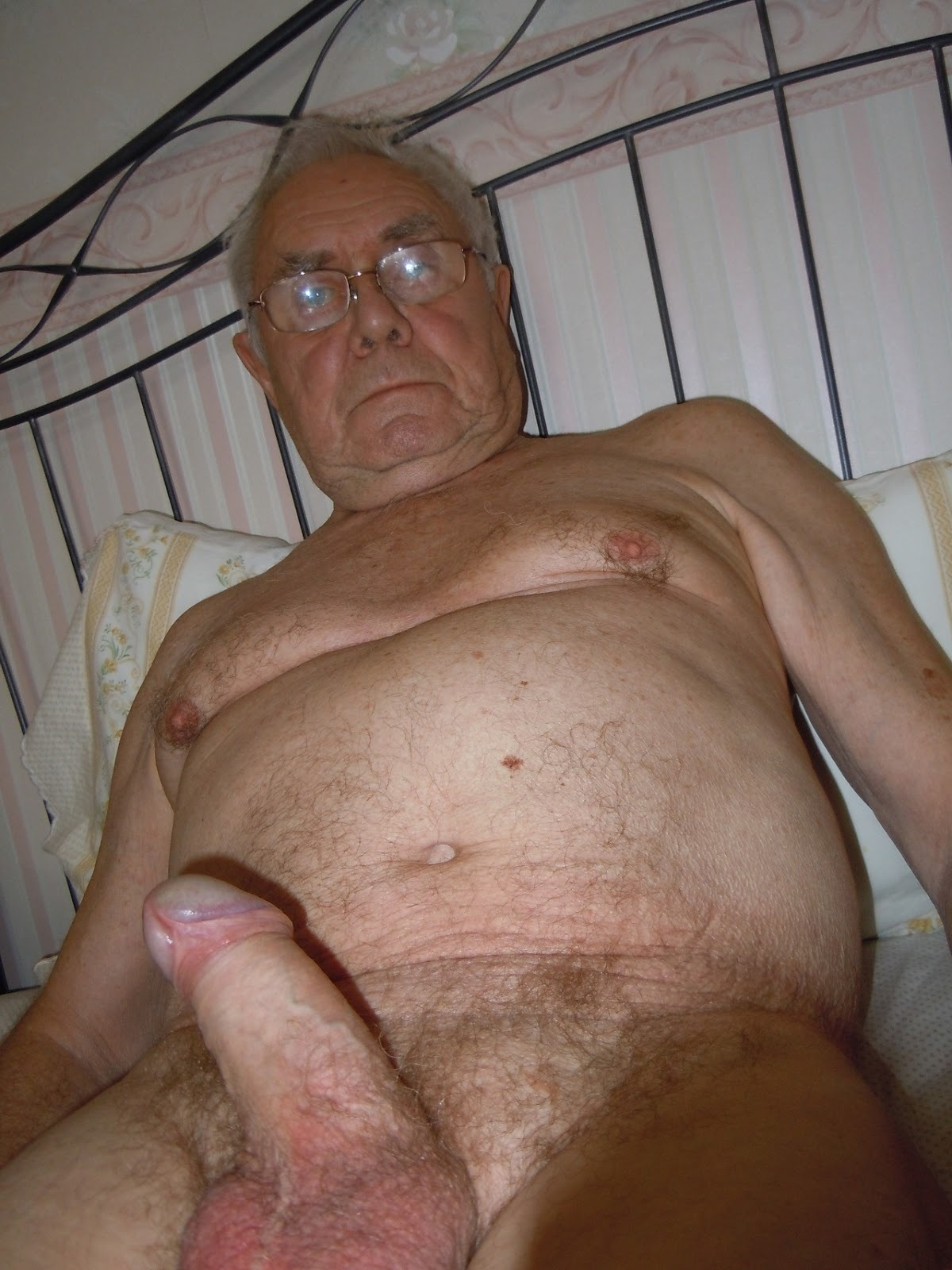 Oldermen Nude 42