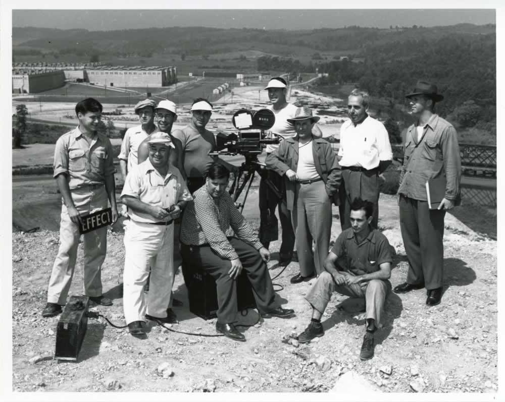 Camera crew from MGM at K-25. (07/25/1946)2010.012.04631863-4
