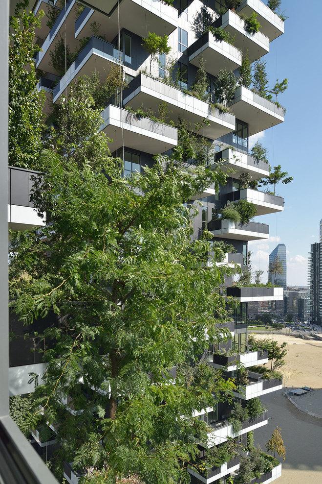 Applied technotopia archatlas bosco verticale boeri for Garden designer milano