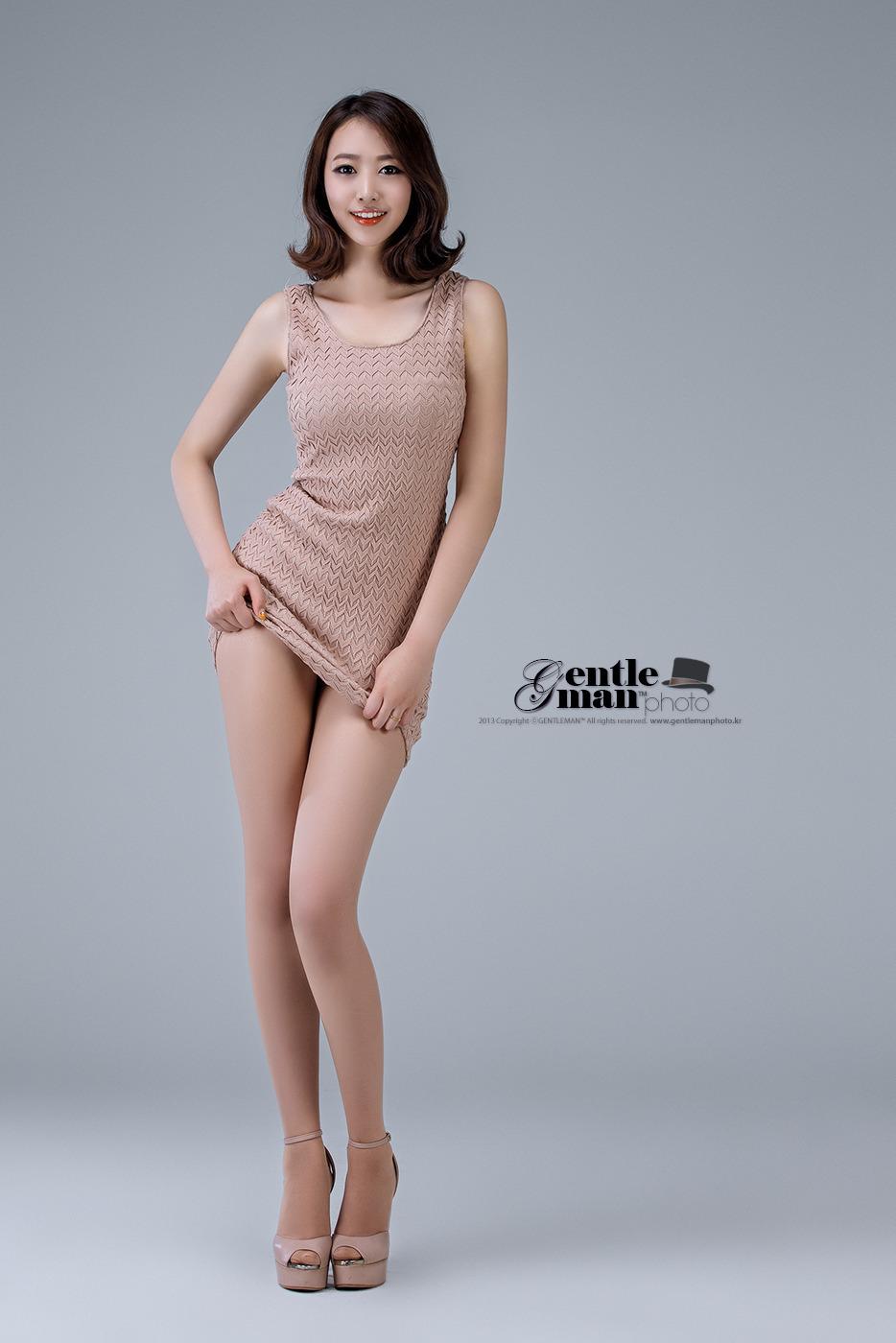 Sexy mini shorts babes