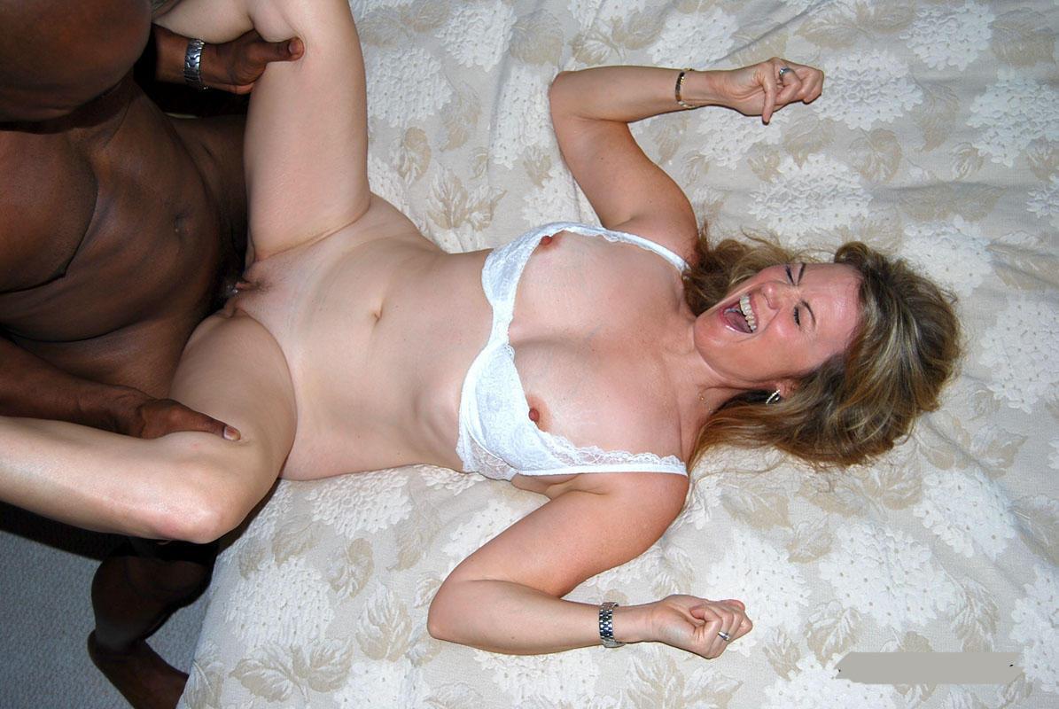 Milf porn Wife fisting men 6, Homemade fuck on escort.abudhabihottestgirls.com