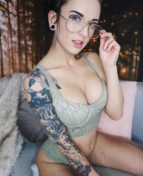 inked girls nude