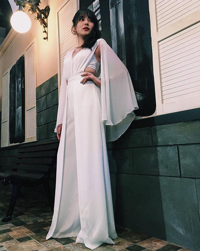 入山杏奈のドレス