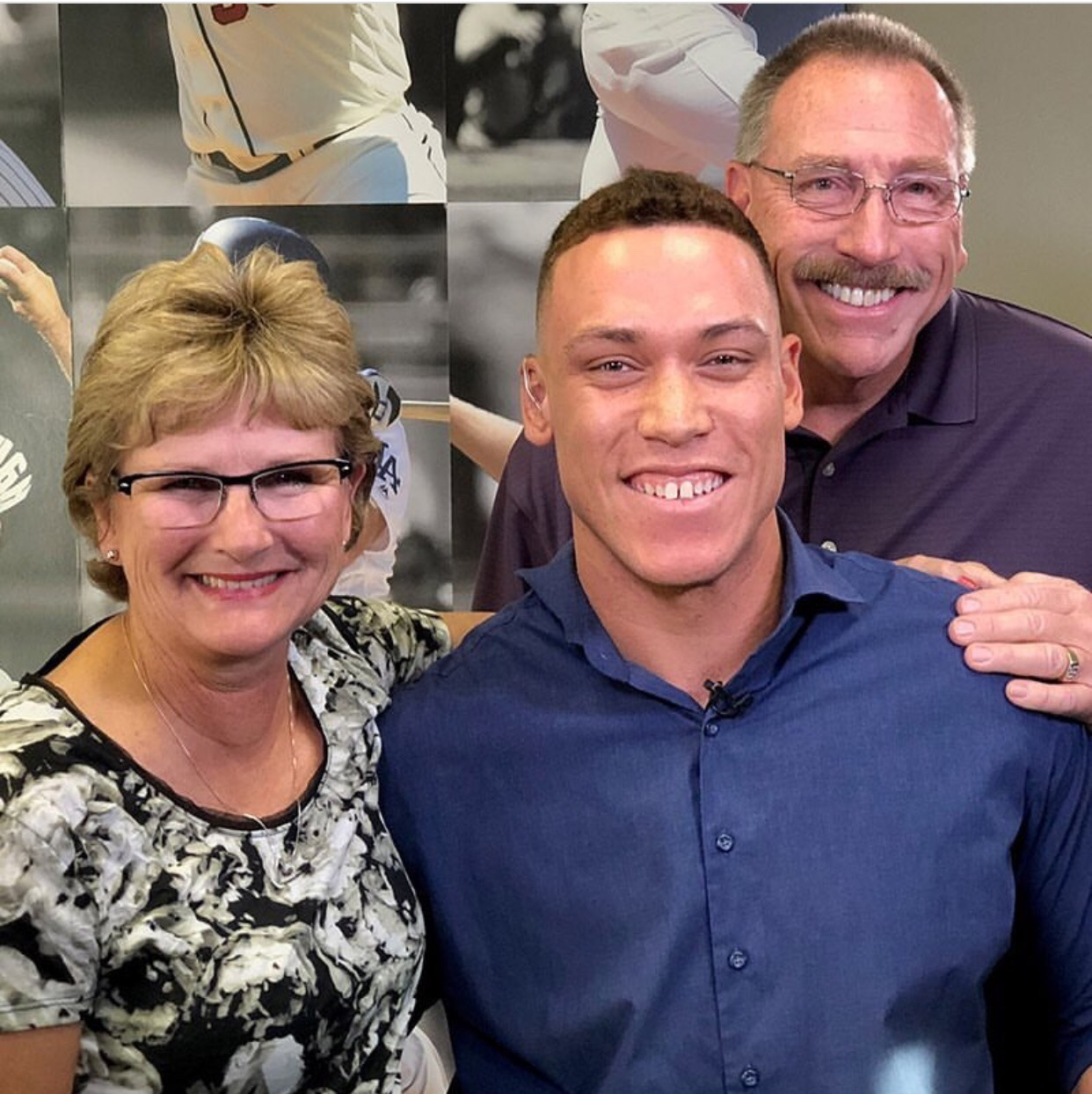 Aaron Judge and his parents tonight ...