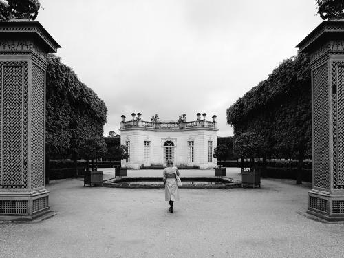photography black and white photography versailles chateau de versailles jardins de versailles le petit trainon gardens chateau palace castle france europe rain
