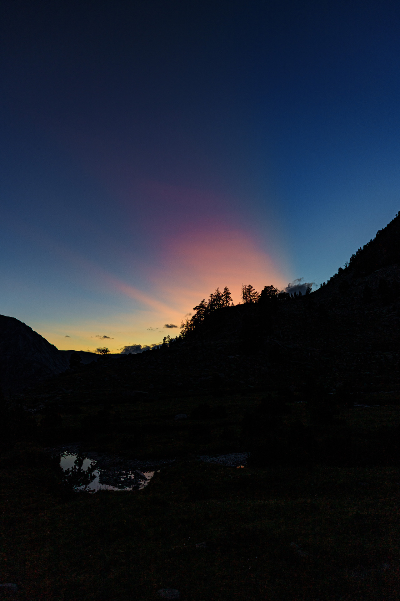 Last lightover the mountains - Haute Route Pyreneenne, August 2019 photo by nature-hiking #sunset#mountains#campsite#stream#pyrenees#landscape#HRP #Haute Route Pyreneenne  #long distance trail #backpacking#backcountry#wilderness#hiking#nature#photography#original photography #photographers on tumblr #HRP 2019