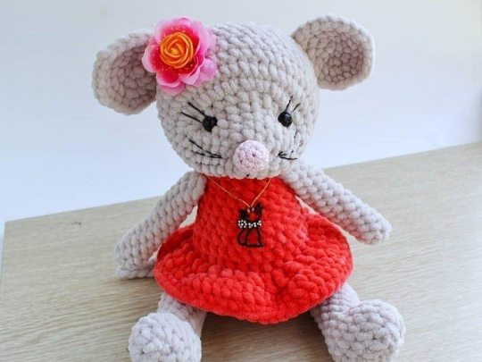 Sweet Mouse Amigurumi Free Crochet Patterns | 405x540