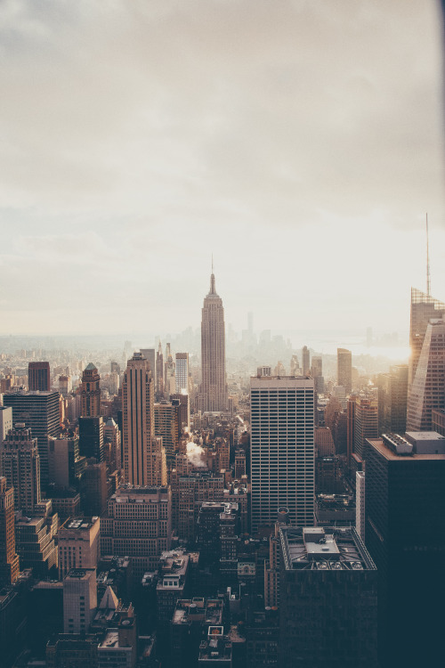 lvndscpe:  NYC   by Anthony Delanoix This photo as wallpaper on your smartphone? Get the app now!