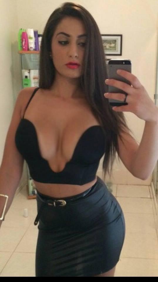 Sexy nude women self pics