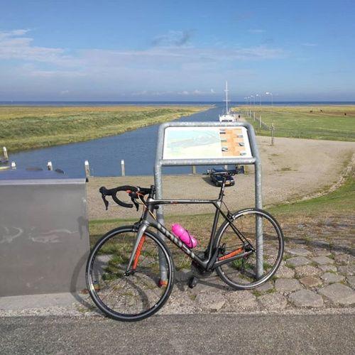 vanmiddag-was-ik-even-op-pad-met-mijn-fiets-voor