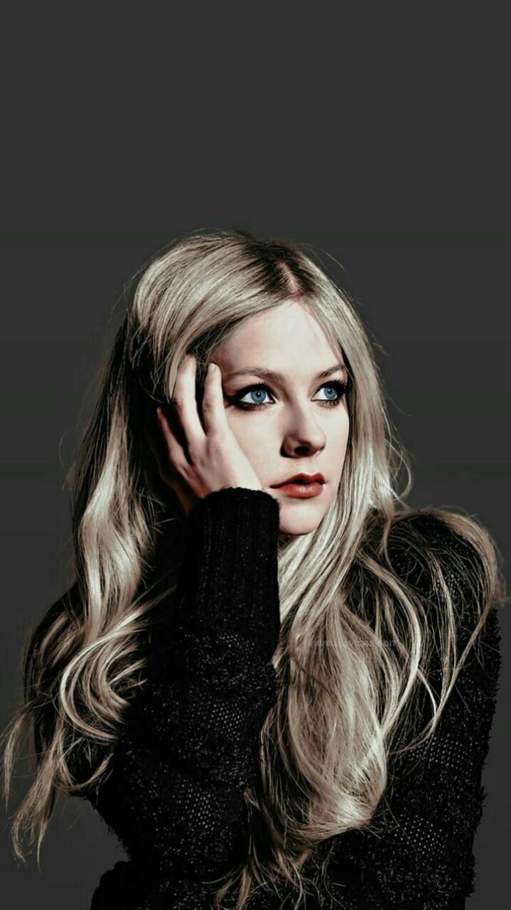 Avril Lavigne Wallpaper Tumblr