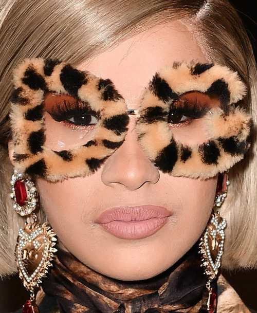 cardi b red carpet makeup celeb celebrity celebritycloseup