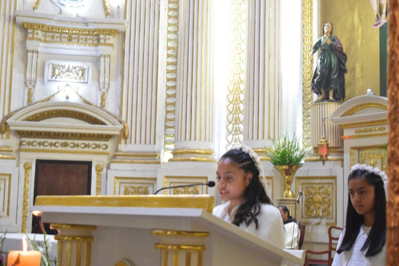 Coronación a la Virgen María