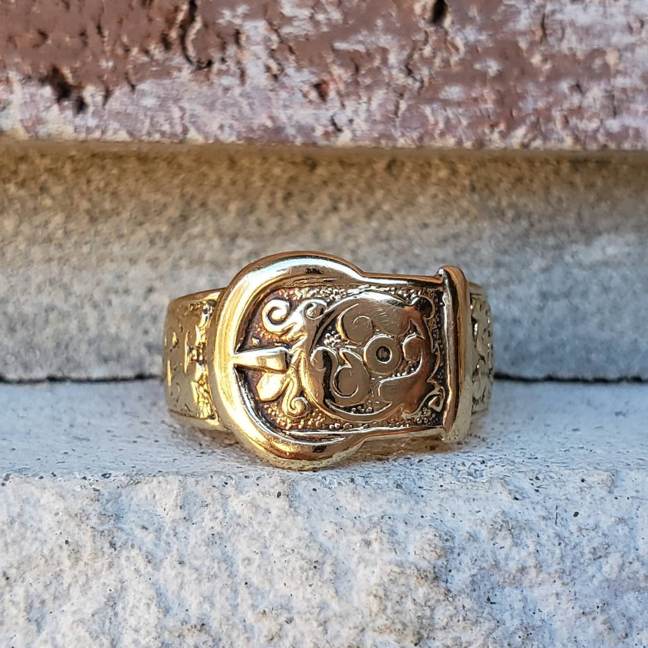 Vintage 9k Yellow Gold Buckle Ring #Rings#Jewelry#Buckle