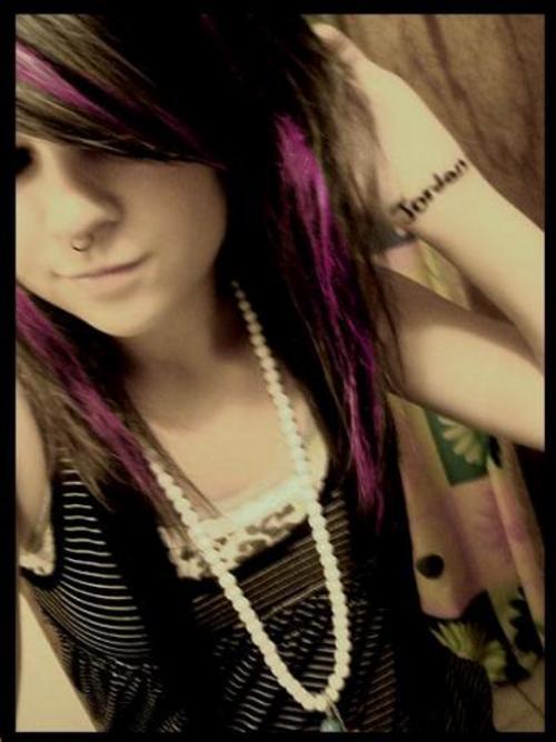 jenn curbstomp #not me#not mine#scene queen#style inspo #black and purple #scenecore#emocore#scemocore#teencore#scene hair#scene fashion #early 2000s fashion #emo fashion#emo hair #old school emo  #old school scene #early 2000s