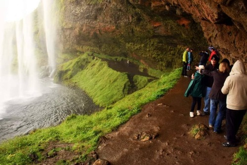 Iceland open for travel on june 15th.  Here we are walking behind Seljalandsfoss, a high waterfall in south Iceland. Beautiful scenery there.  #icelandisopen #iceland #followme #sharethis #nature #Seljalandsfoss #waterfall #iceland🇮🇸 #icelantravel #cnnireport #cnntravel @traveleurope44  (at Seljalandsfoss) https://www.instagram.com/p/CBZTs2qBUeO/?igshid=1358j77z2bc7g #icelandisopen#iceland#followme#sharethis#nature#seljalandsfoss#waterfall#iceland🇮🇸#icelantravel#cnnireport#cnntravel