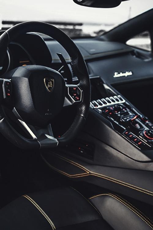 vistale: Lamborghini Aventador | via (via luxware)