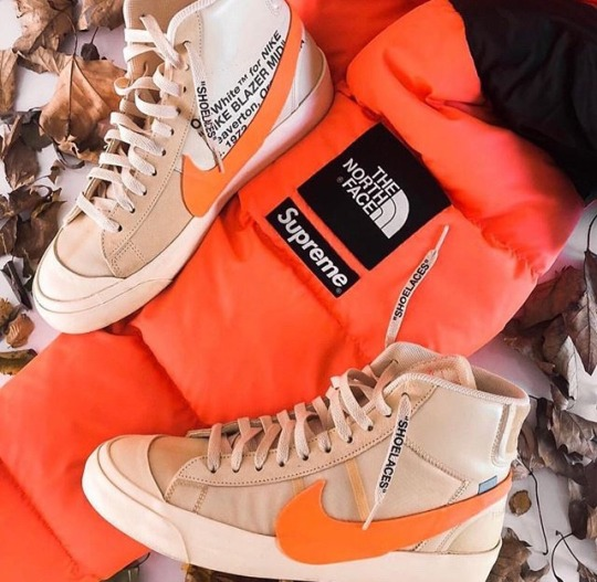 the latest 1375d 97df6 supreme x Nike Blazers