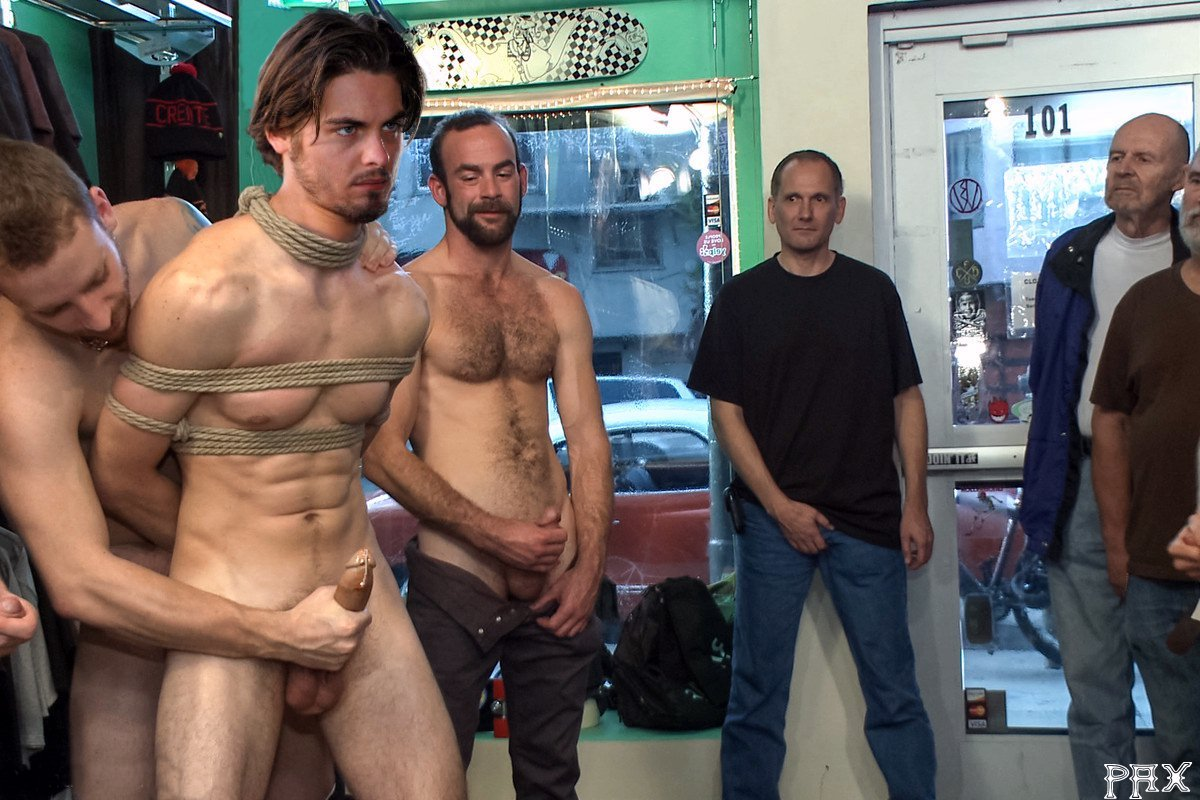 Kevin Zegers In Gay Porn 105