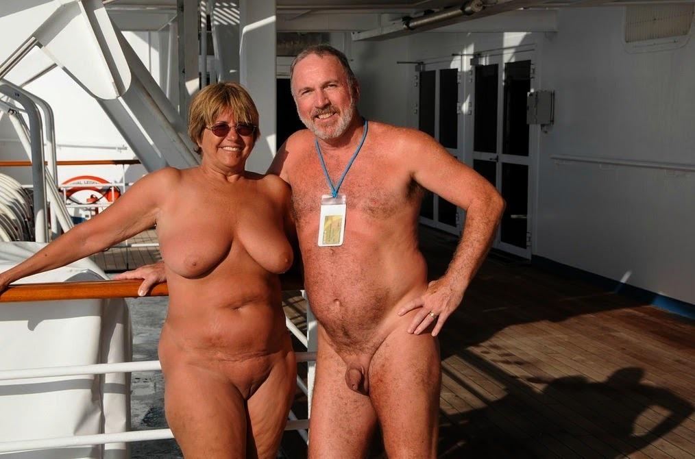 Nudistenpaare