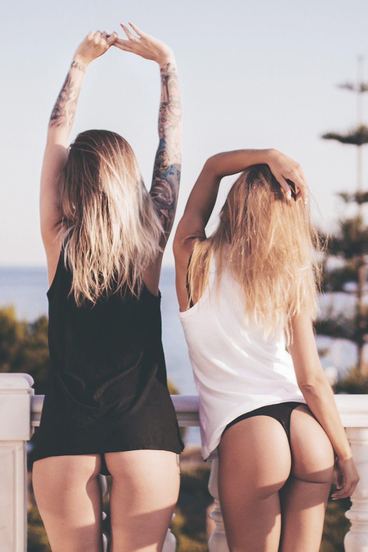 Amateur Fake Photographer Makes Stripping Models Porn teen girls strip