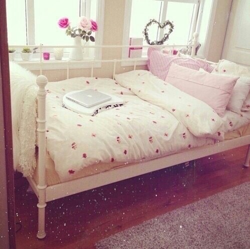 Girly bedroom on tumblr - Tumblr teenage bedroom ...