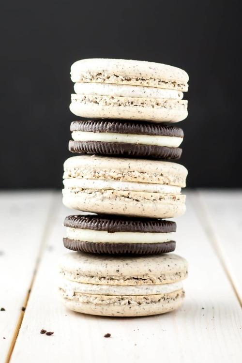VTasty- Visually Tasty Food Blog Oreo Macarons via Tumblr