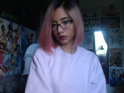 peachisty selca selfie pink hair praisin the asian filipina poc aesthetic