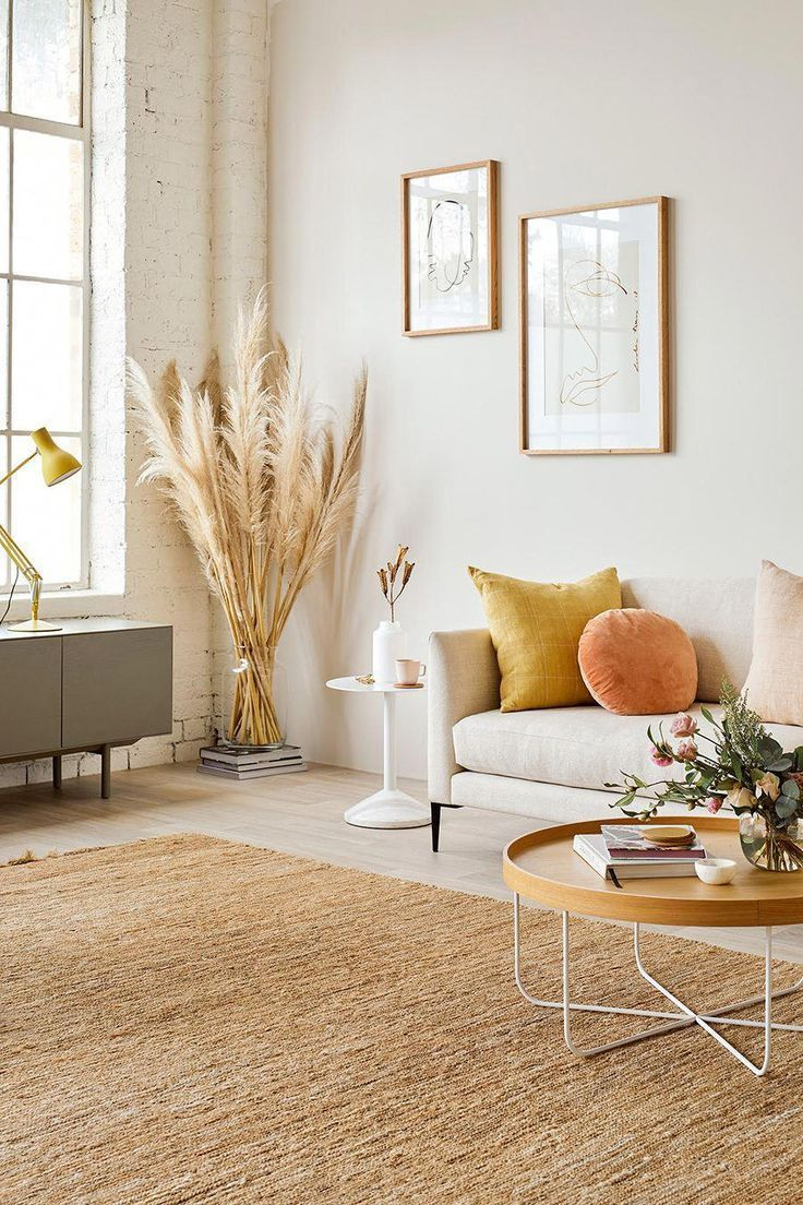 Pampas Grass | Erika Carlock | Bohemian lifestyle + design blog #livingroomdecor