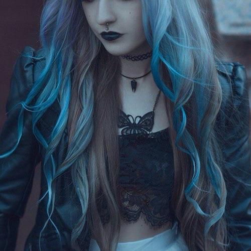 blue hair pale dark pale pastel hair pale hair brown hair black lipstick dark lipstick pale skin butterfly jewelry turquoise hair gloomy glow girl long hair choker wavy hair 90& 039;s 90& 039;s aesthetic 90& 039;s fashion 90s fashion 90s 90s aesthetic crystal aesthetic dyed hair bleached hair pastel grunge