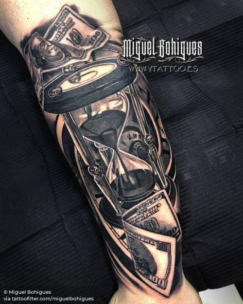 By Miguel Bohigues, done at V Tattoo, Aldaia.... black and grey;hourglass;big;clock;money;facebook;forearm;twitter;miguelbohigues;other