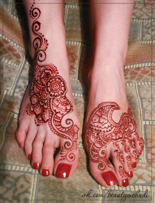 Mehndi Leg Quotes : Arabic henna on legs tumblr