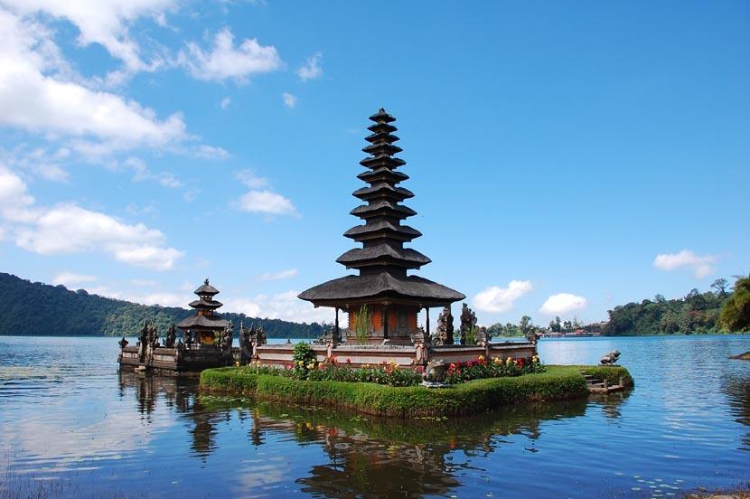 Chrystalding Apa Saja Pilihan Tempat Wisata Paling Favorit