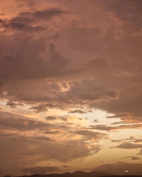 mine sunset pretty sunset sunset colours broadbeach gold coast australia