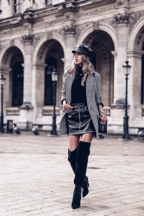 Annabelle Fleur vivaluxury Saint Laurent thigh high boots patent leather black boots