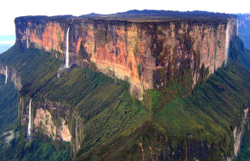 mount-roraima-south-america-this-tabletop