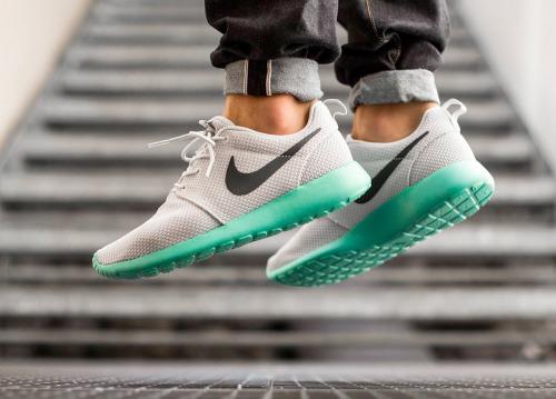 Nike Roshe Roshes RosheRun Grey Mint Running Roshe Run Calypso Pure Platinum 2012 Low Top