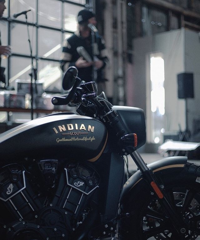 #mens garage#Indian#indian motorcycle#moto#moto life#moto love#moto blog#moto adventure#lifestyle#lifestyle blog#photography#aesthetic#menstyle#adventure blog#gentlemanmotorslifestyle