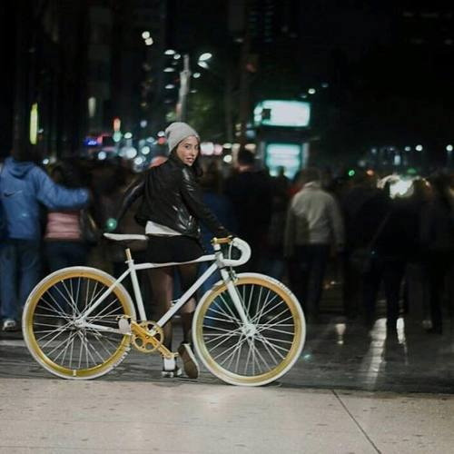 girlrideyourbike greatphoto fixiegirl girlsgonefixie statebicycleco streetstyle eldorado lovelygirl bikesgirls fixiefamous bicyclestyle bike fixie prettygirlsonbike bicycle girlsonwheels picoftheday mexicofixed