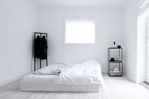 Minimalist room tumblr for Minimalist lifestyle
