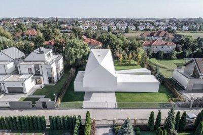 Quadrant House / KWK Promesph: Jaroslaw Syrek, Juliusz Sokoàowski + Olo Studio