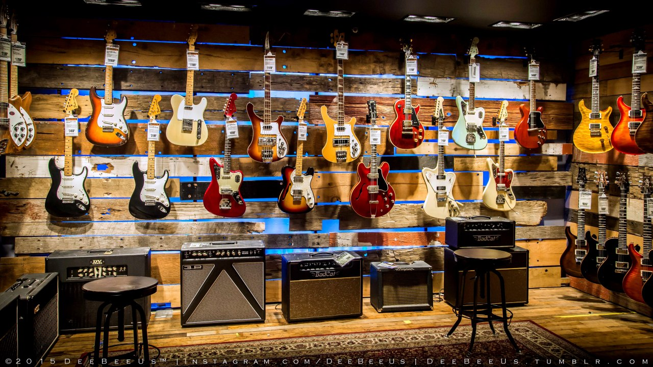 DeeBeeUs™ — The vintage guitar room at Guitar Center, Times