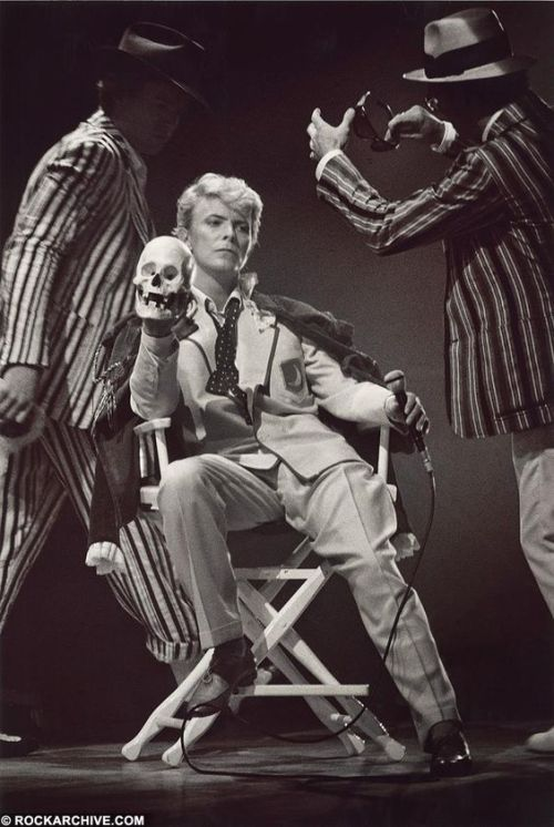 David Bowie Serious Moonlight 1983 frank and george simms