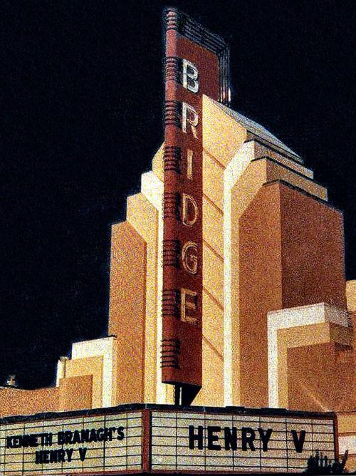 3008 Geary Boulevard, San Francisco. Bridge Theater, built in 1939. #art deco architecture #vintage theater#san francisco#art deco#1930s#1939