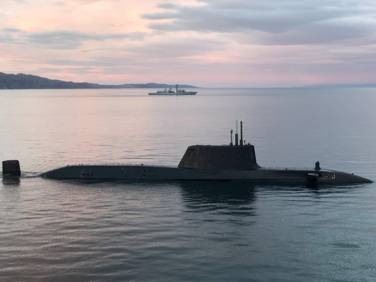 Hunter Killer Submarine