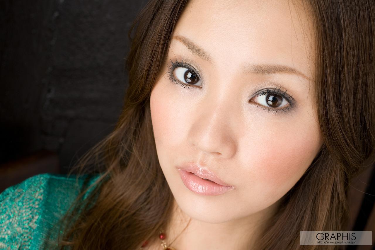 Rika Aiuchi - Naked under dress
