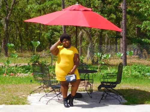 bgs big girl swag plus size plus size fashion fashion fashion blog fatshion fashion blogger psootd ootd smiles woc poc black girl forever 21 torrid body posi body positivity self confidence Self Acceptance self love love your body effyourbeautystandards yellow dress street wear pl;us size outfit plus size fashion blogger