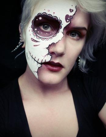 Half Face Sugar Skull Makeup - Mugeek Vidalondon