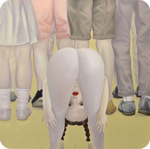 Schi Mohan painting bum legs face